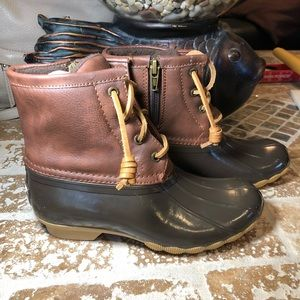 Sperry Duck boots size 1. Never worn